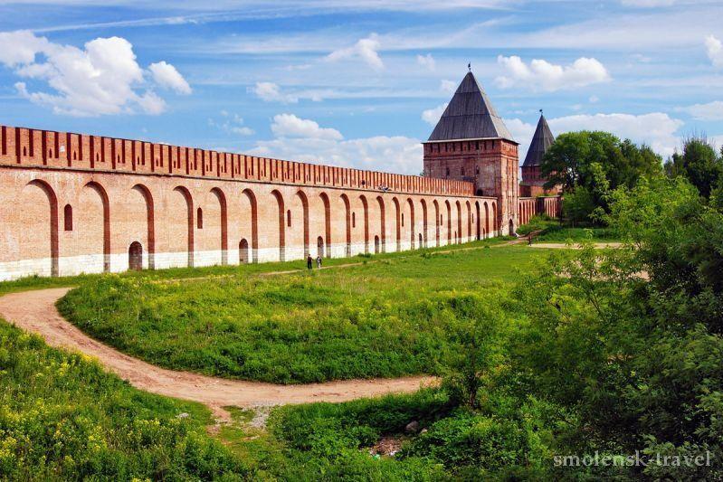 Прогулка по Смоленской крепостной стене
