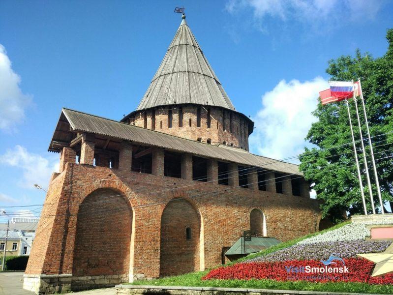 Лучшие летние экскурсии в Смоленске и области