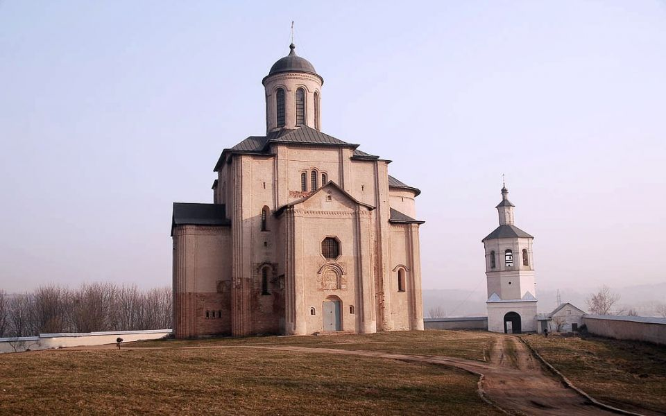 Церковь Михаила Архангела XII века