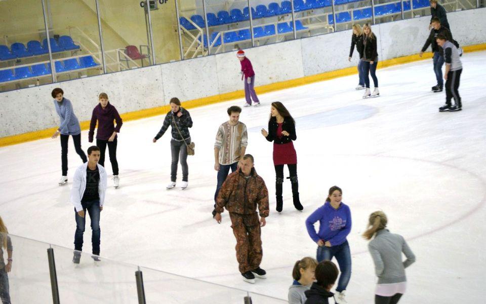 Ледовый дворец Смоленск фото