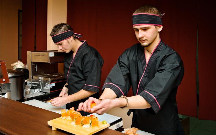 Ресторан «Суши с умом»