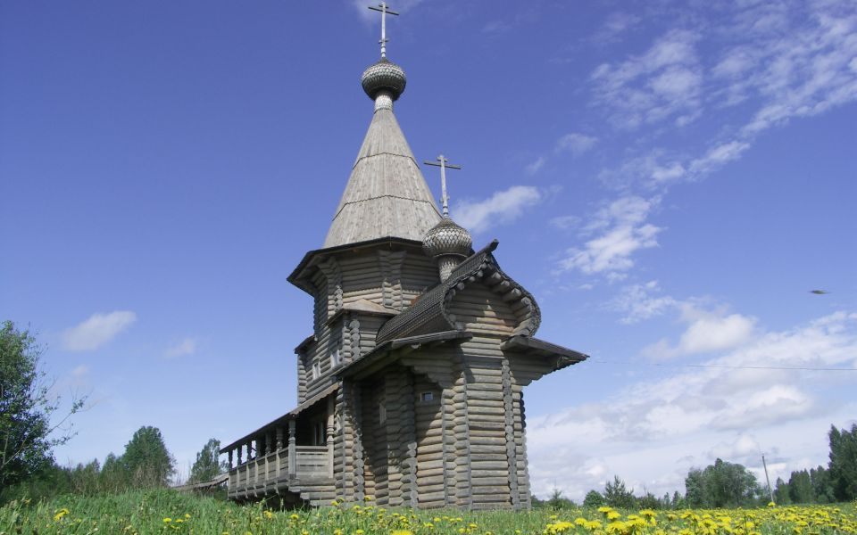 Храм Владимира Великого у истока Днепра