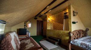 Гостиница «Колесо» в Смоленске - номер Пещера