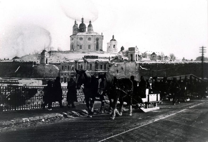 Переход на Базарную (Колхозную) площадь